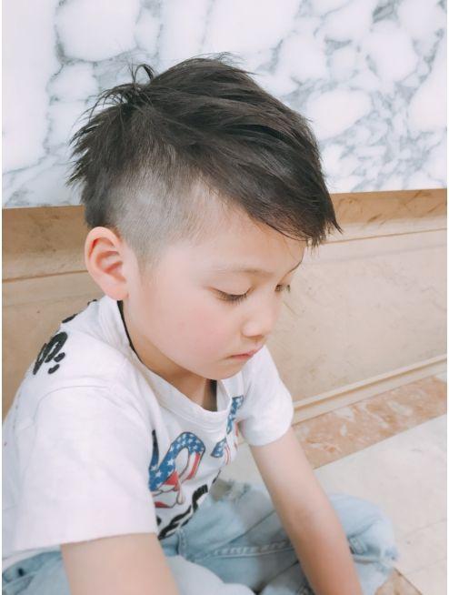 キッズカット アシメツーブロック L010919728 アムールマヤのヘアカタログ ホットペッパービューティー キッズカット ボーイズヘアカット 子供 髪型