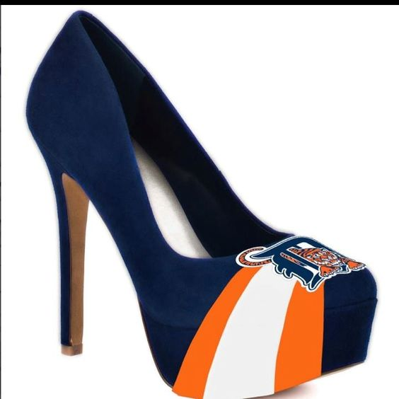 two of the best things, heels and tigs