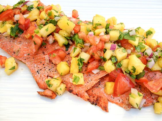 Grilled Salmon with Pineapple Jalapeño Salsa is a fantastic recipe ...