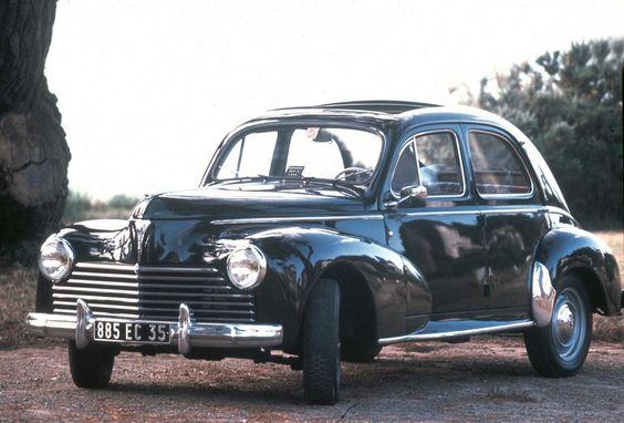 PEUGEOT 203 Limousine, 1950 #PEUGEOT #Classic #car #classiccars #fiftiesrock #Stil #50s http://www.peugeot.de/historie/