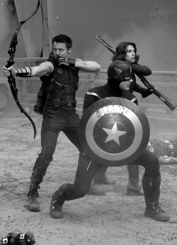 Avengers. Natasha Romanoff, Hawkeye and Captain America [MARVEL, AVENGERS]
