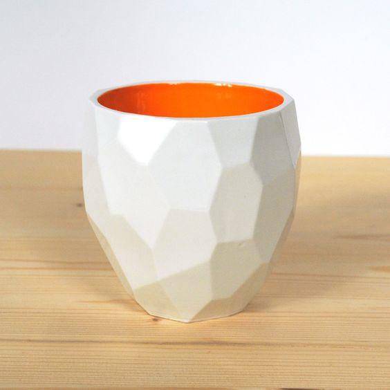 Becher & Tassen - Modern facetted Poligon thermo cup isolate, Lorier - ein Designerstück von Sanderlorier bei DaWanda