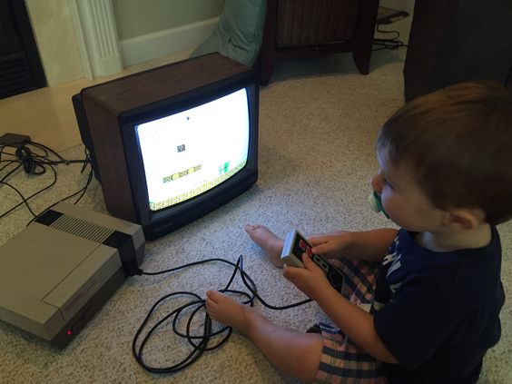 """Just bought a 1992 Magnovox model """"1337"""" for $1.32 and it is the perfect retro gaming TV."""