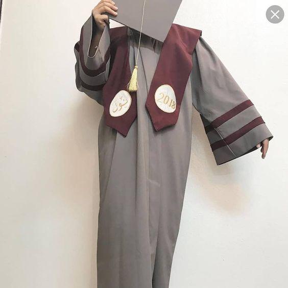 تفصيل عبايات التخرج حسب الطلب اللون والموديل من اختياركم نستقبل بالجمله ونستقبل الفردي نتشرف بالجميع خصم خاص الإعداد الكبيره 50 وم Coat Duster Coat Fashion