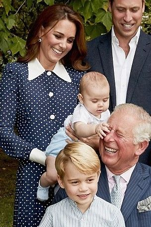 Kensington Palace Released The British Royal Photos To For Their