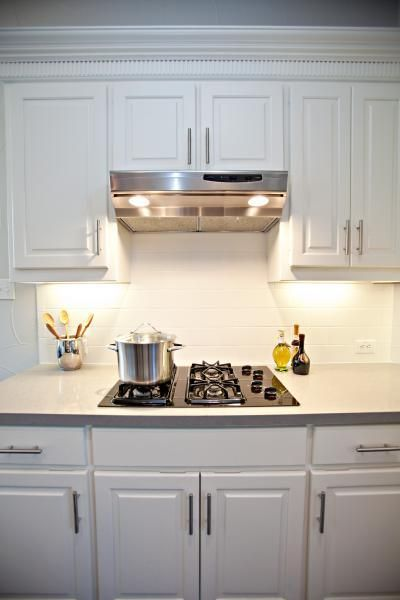 Thick molding  Need Kitchen Decorating Ideas? Go to Centophobe.com | #Kitchen #kitchen decorating ideas