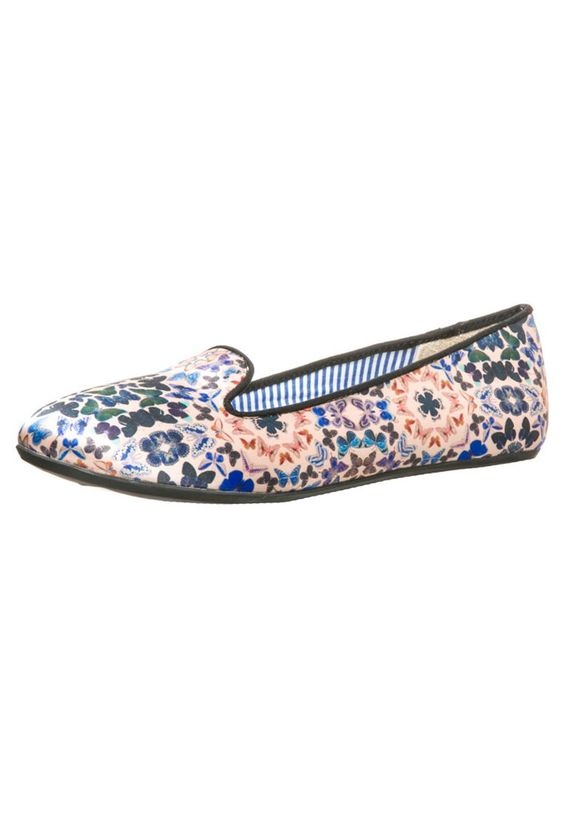 Charles Philip Shanghai Slipper: http://zln.do/1eDNc6V