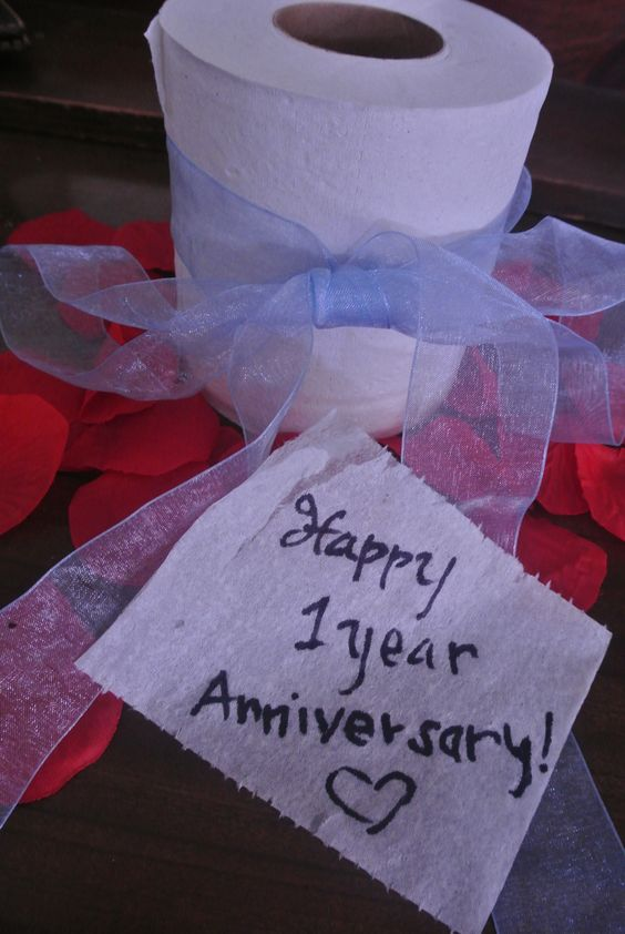Tips to create the perfect first wedding anniversary paper for Gift ideas for first wedding anniversary to wife