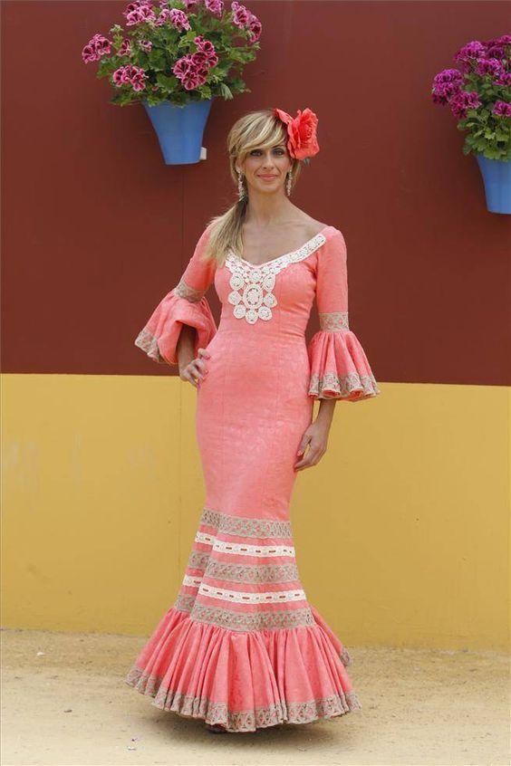 Galería de fotos Los trajes de El Arenal - Foto 3 - Diario Córdoba 2014