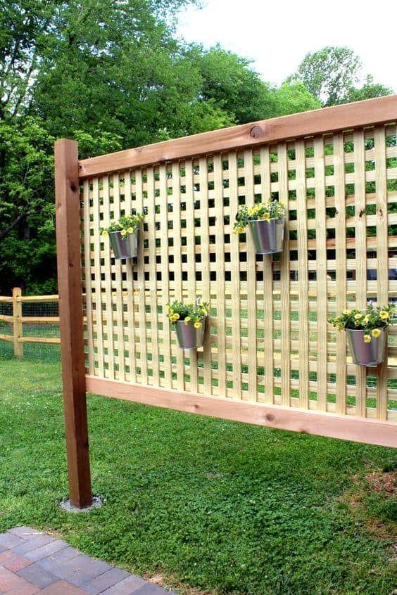 Outdoor Privacy Screen Via Ehow Budget Backyard Ideas You Can Do
