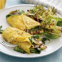mushroom and spinach egg crepes