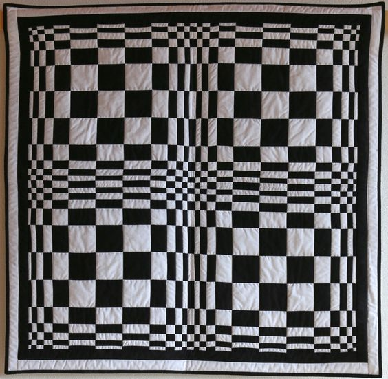 Optische Täuschung (optical illusion) quilt by Heidi Spacil.  Patchwork Gilde Austria