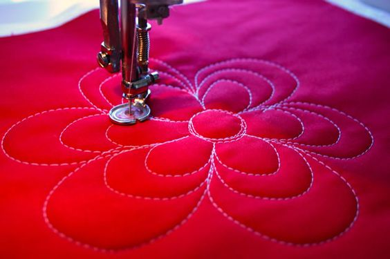 Loopy Flower quilting