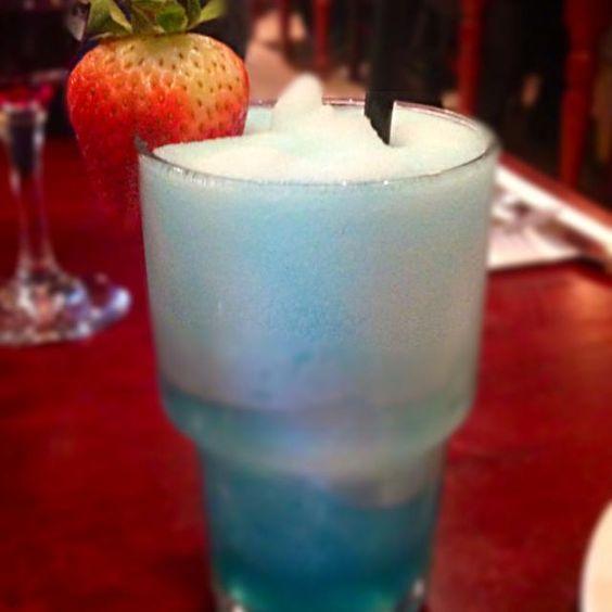 レシピとお料理がひらめくSnapDish - 4件のもぐもぐ - Blue Raspberry Slush by Natasha