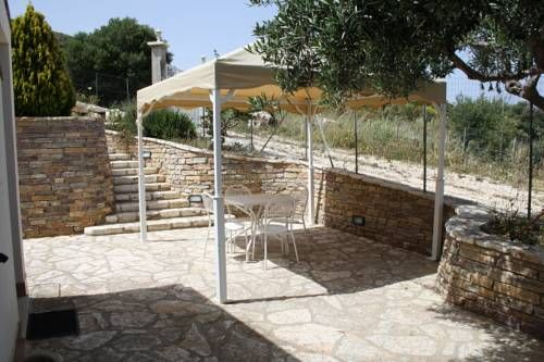 Villa Rossana Scopello Located in Scopello, Villa Rossana offers self-catering accommodation with free WiFi. The property boasts views of the sea is 49 km from Palermo. Free private parking is available on site.