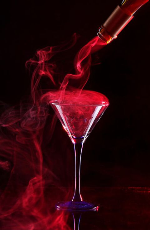 The Millionairess of Pennsylvania / karen cox. Ravishing red / Valentine's Day. Red Drink.: