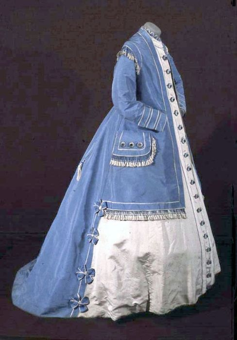 Blue and white day dress, ca. 1863. From the Bowes Museum. I think this is a maternity dress, which is rare to see.