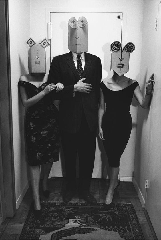 figuren über masken schaffen, olli fragen:  Saul Steinberg