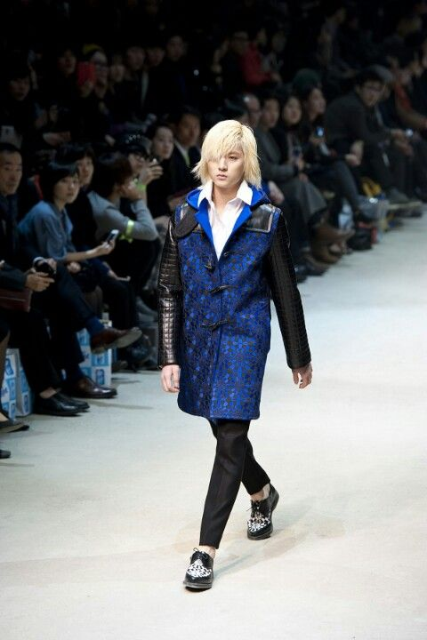 Ren on the catwalk