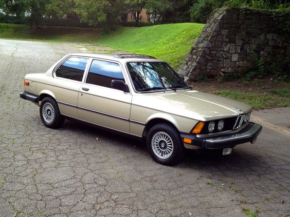 My 1983 BMW 320i (color: bronzit beige metallic) E21