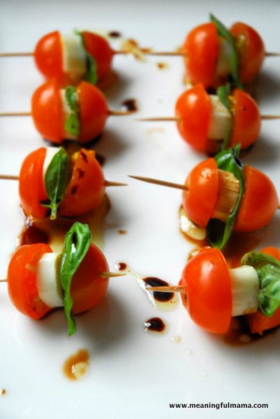 Caprese Salad Bites - perfect appetizer for holiday parties! Enjoy with Sutter Home Sauvignon Blanc
