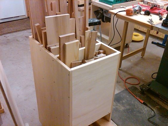 Scrap Lumber and Cutoff Sorting Cart - by Vincent Nocito @ LumberJocks.com ~ woodworking community