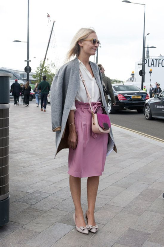 London Darling! See All the Snaps Straight From LFW: Fashion-conscious meets fitness-conscious. Source: Hannah Freeman : Her sweater just begs to be touched. : Not too girlie, but with bows on her heels and pink on her skirt, this look is completely lovely.