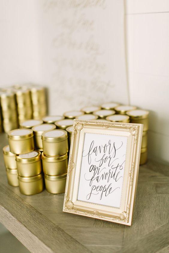 Astonishing Wedding Favor Ideas to Present and Display, 50f9dd5e126015d0cca47e156bffa5b7