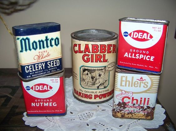 vintage spice tins by TreasuredCharm on Etsy, $20.25: 25 Madcapcharity, Flea Marketing, Collector Tins, Spices Spreads Sauces, Old Tins, Antique Tins, Tins Enamel