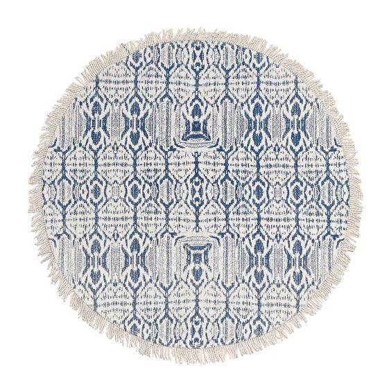 """Der runde Teppich """"Ikat"""" von liv interior ist zu 100% aus Baumwolle hergestellt…"""