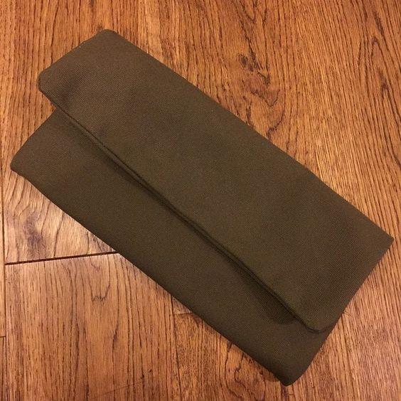 1番お気に入りの帆布で作ったシンプルなクラッチバッグ♡ #クラッチ #クラッチバッグ #帆布 #ハンドメイド #バッグ #手作り #handmade #cluthbag #clutch  #bag #canvas