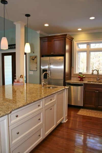 Cherry cabinets cherries and wall colors on pinterest for Cherry kitchen cabinets wall color