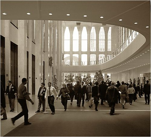 Pictures of the interior of the old world trade center for Interieur world trade center