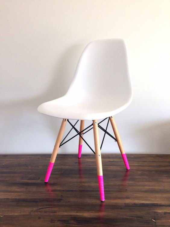 Love the look of dipped furniture but can't commit? WASHI TAPE IT! Solid neon…
