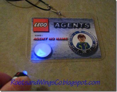 great ideas for spy party - black light fingerprint and badges ...