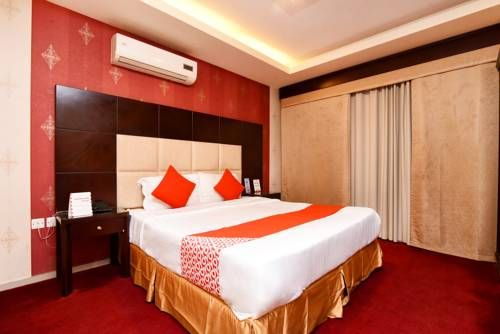 Oyo 388 Al Dana Al Khalijia فنادق السعودية شقق فندقية السعودية Home Decor Home Furniture