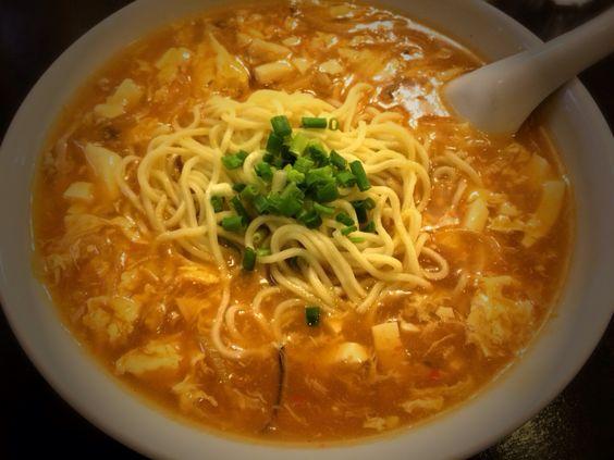 ☆梅蘭   酸辣湯麺