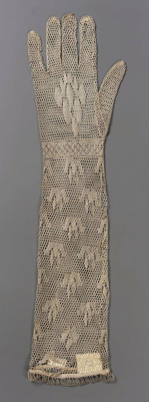 Women's gloves, machine-made knitted lace, late 18th or early 19th century, English or French.