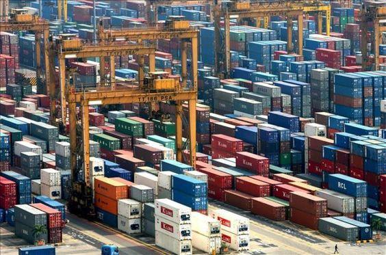El déficit comercial de Estados Unidos se redujo un 15 por ciento en septiembre  http://www.elperiodicodeutah.com/2015/11/economia/el-deficit-comercial-de-estados-unidos-se-redujo-un-15-por-ciento-en-septiembre/