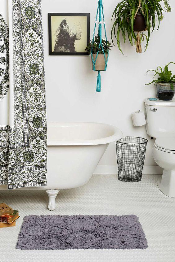 Bedroom ideas cloths and urban on pinterest for Urban bathroom ideas