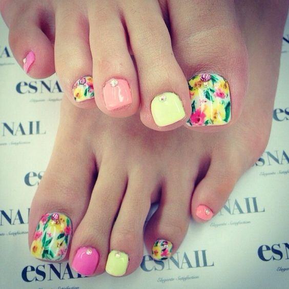 Pretty pastel flowers: