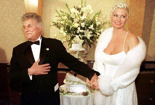tony curtis and jill vandenberg wedding cake 1998 jill