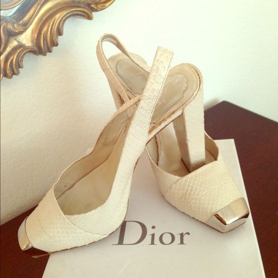Christian Dior Python limited addition shoes Light beige... Limited addition slingback shoes... One of a kind! Dior Shoes