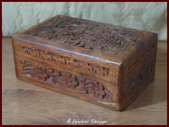 WOOD BOX Decorative Jewelry Knick Knack Keepsake Storage Container 6 X 4 X 2 1/2   http://ajunkeeshoppe.blogspot.com/