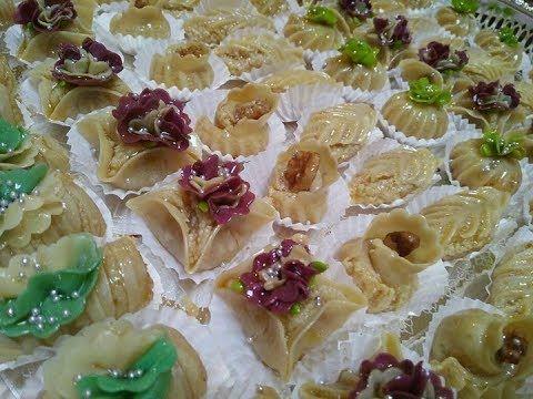 اروووع حلويات جزائرية باللوز بلمسة عصرية مقيعدات سكندرانيات دزيريات جزء2 Youtube Cooking Cookies Food Food And Drink