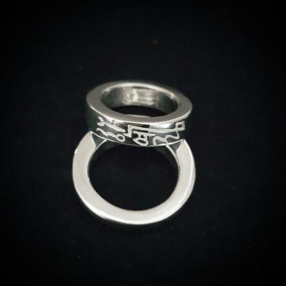 Calligraphy silver ring 캘리그라피 반지 은반지 수제반지  별하캘리그라피  Copyright(c) 별하 All rights reserved.