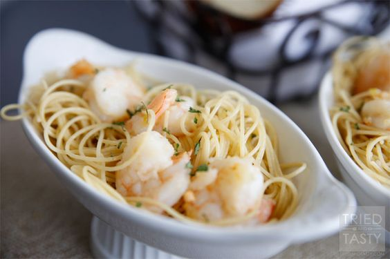 5-Ingredient Shrimp Scampi with Angel Hair Pasta // Tried and Tasty