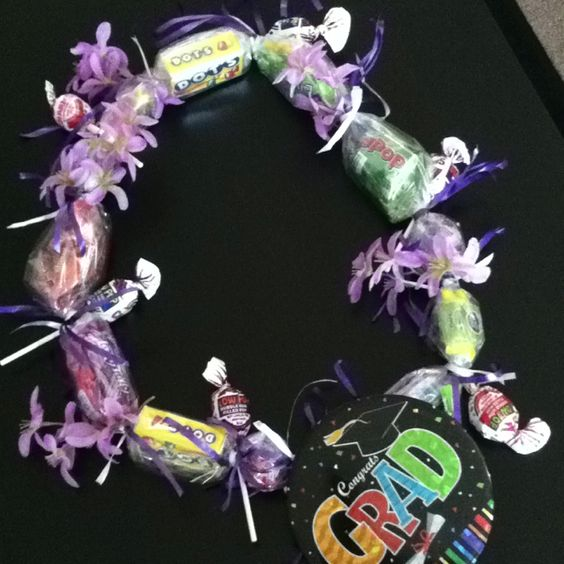 My first candy lei...didn't do so bad :)