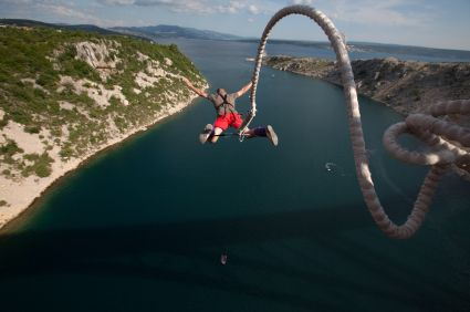 I WANNA GO BUNGY JUMPING!!!!!