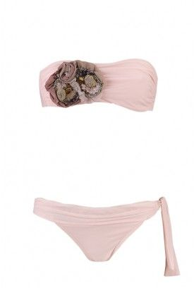 pink bikini. If I only had the body to wear this, I so would!